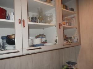 食器棚の耐震
